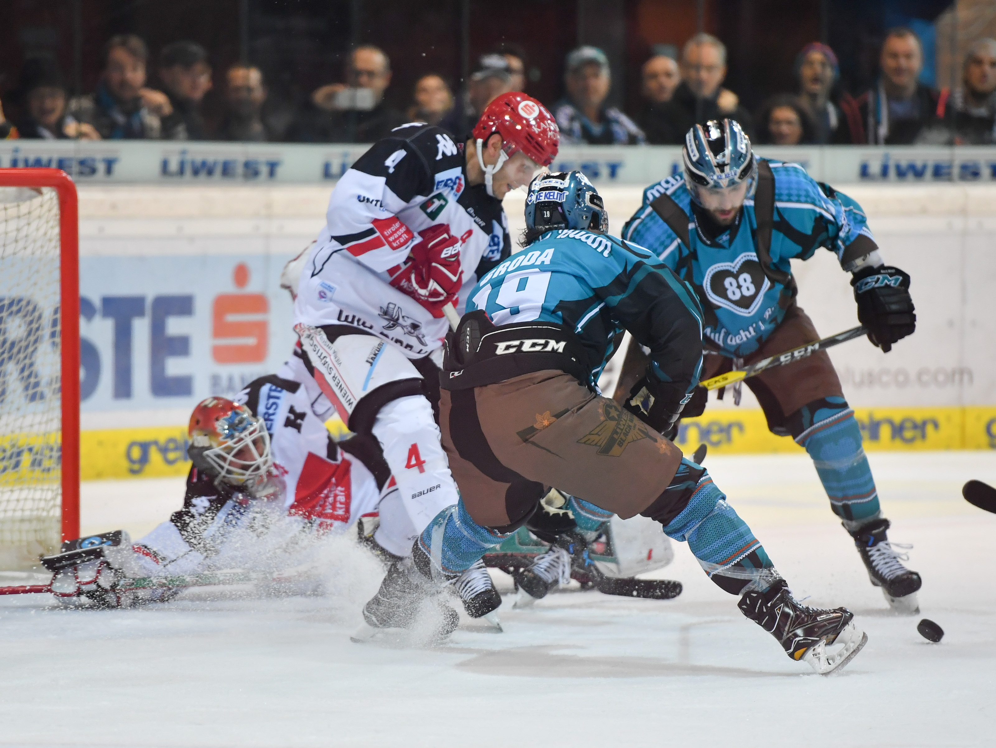 AUT, EBEL, Liwest Black Wings Linz vs HC TWK Innsbruck