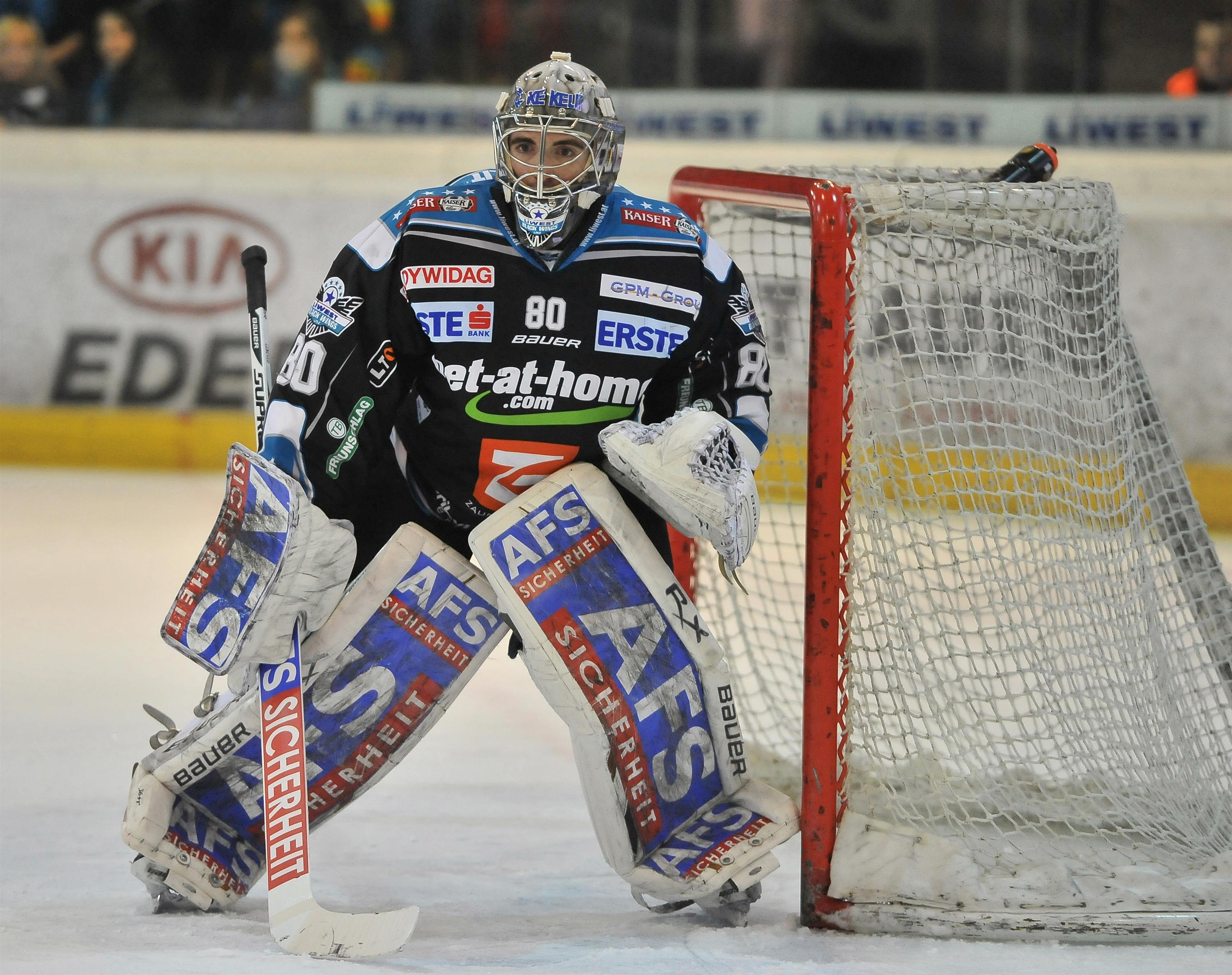 Eishockey Black Wings Linz vs VSV 25.01.2013 – David Leneveu 1