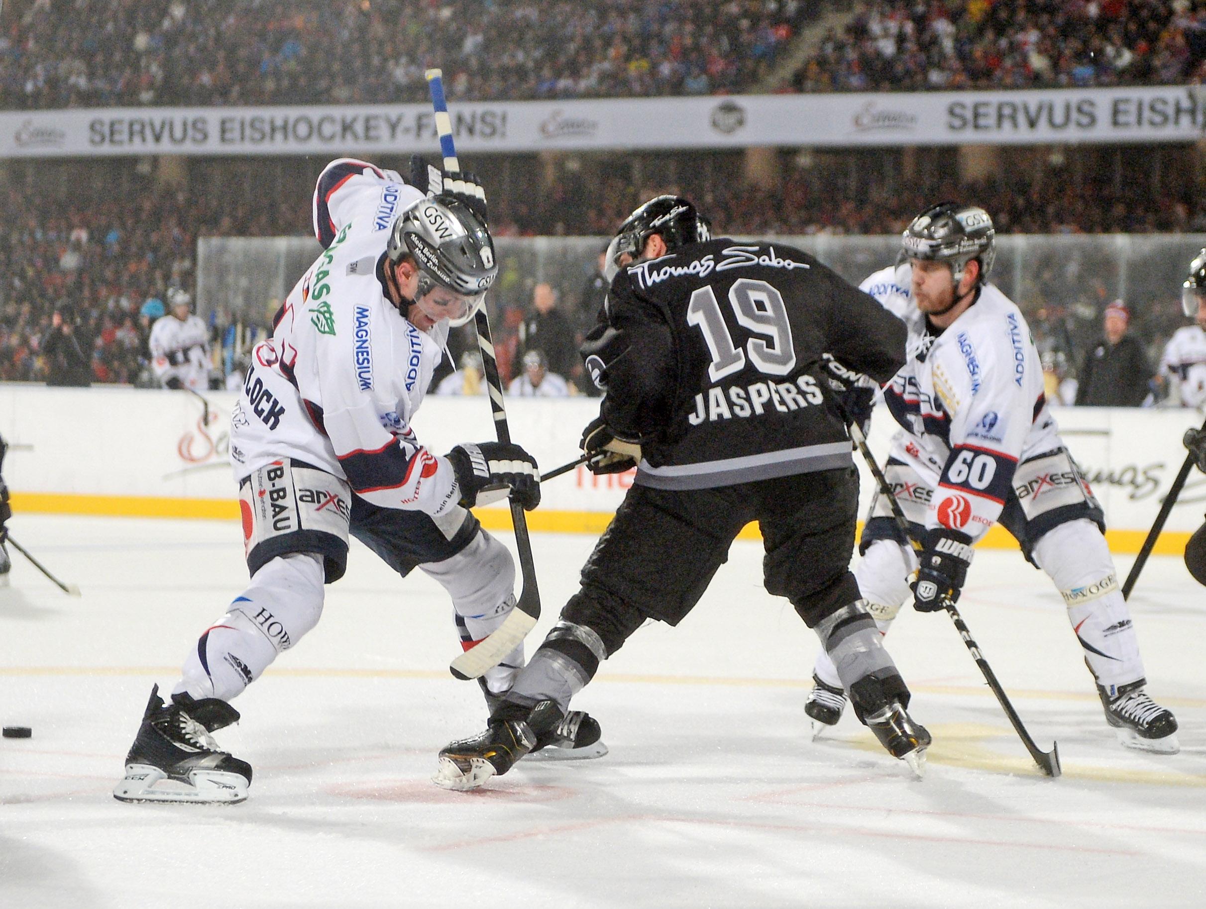 Eishockey – Deutsche Eishockey-Liga – DEL – Saison 2012-2013 – DEL Wintergame 2013 – Thomas Sabo Ice Tigers gegen EisbŠren Berlin – Tag 3 – 05.01.2013 – im Stadion NŸrnberg –