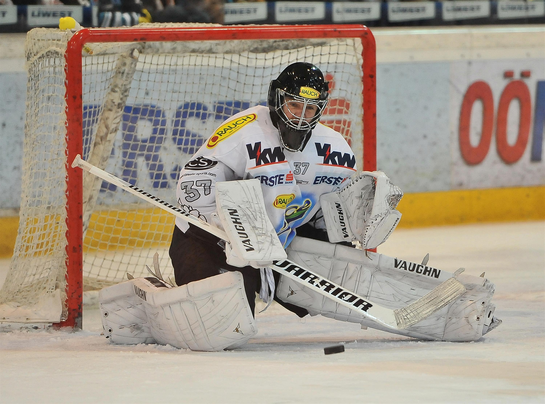 Eishockey Black Wings Linz vs Dornbirner EC 20.11.2012 – Patrick Desrochers 3