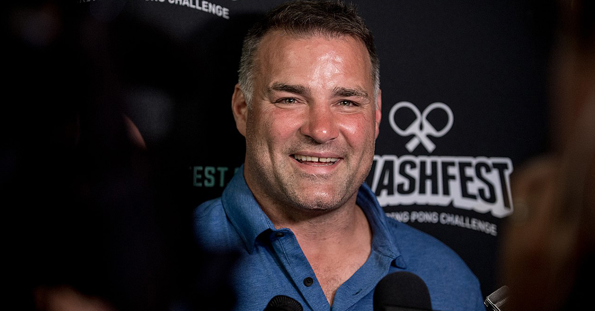 1280px-Eric_Lindros_At_Smashfest_2016